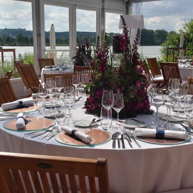 Eindeckung Hochzeitstisch | Messerich Catering