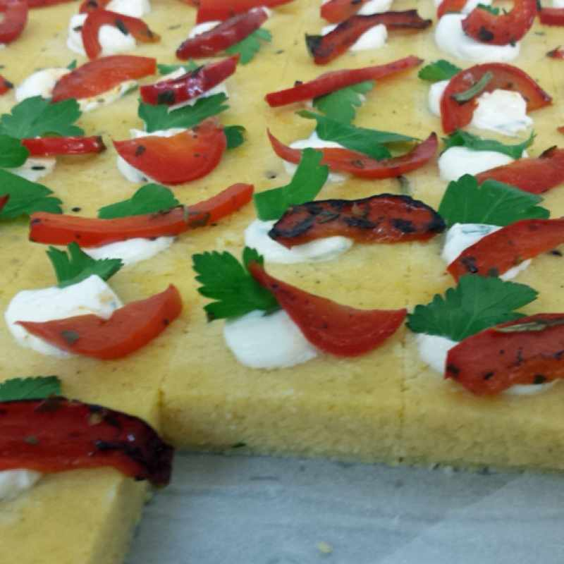 Polenta mit gerösteter Paprika | Messerich Catering