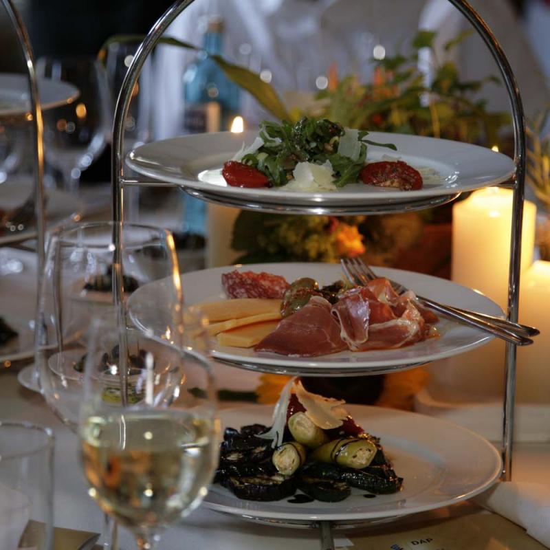 Unsere Hochzeitsetagére | Messerich Catering