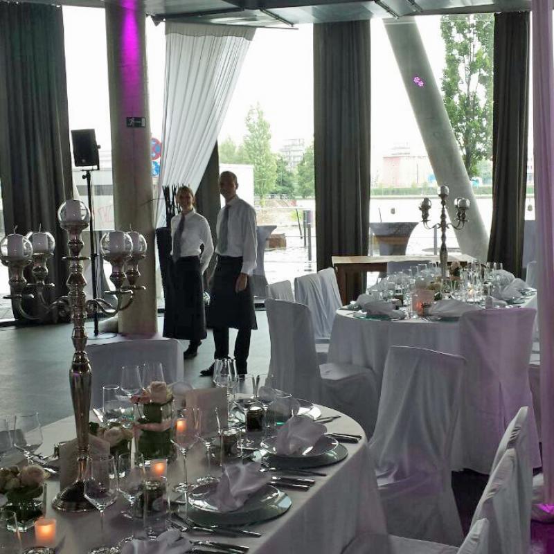 Event - und Hochzeitscatering im Westhafenpier Frankfurt | Messerich Catering