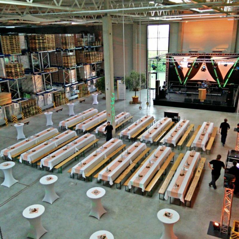 Verwandlung einer Lagerhalle zur Eventfläche  | Messerich Catering