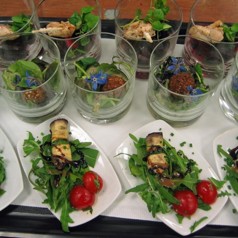 Gabelbissen als flying Food - Service | Messerich Catering