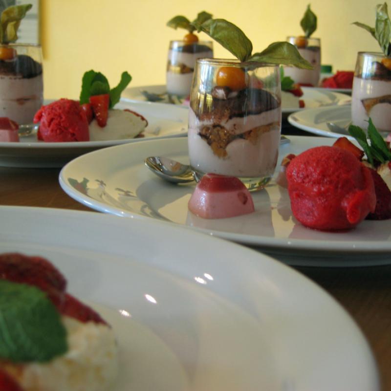 Ein sehr herzlicher Dessertteller | Messerich Catering