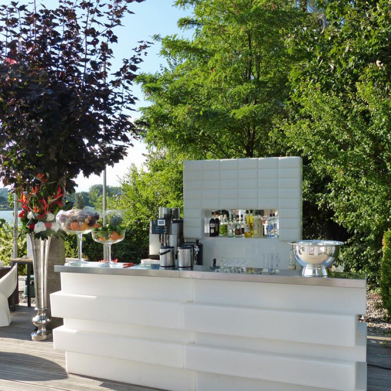 Unsere hochwertige Getränkebar | Messerich Catering