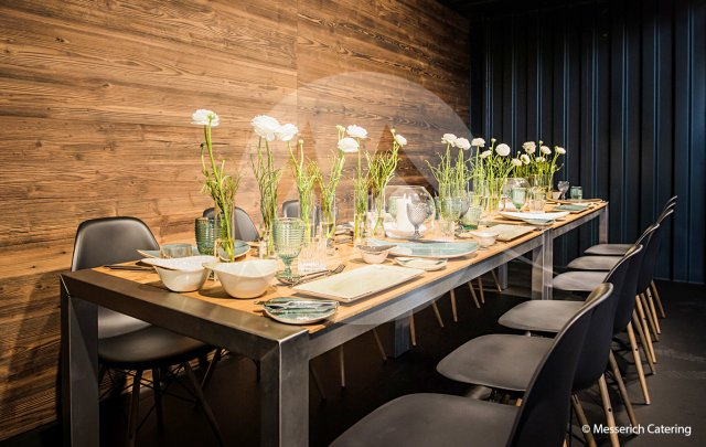 Container – Dinner-Tafel