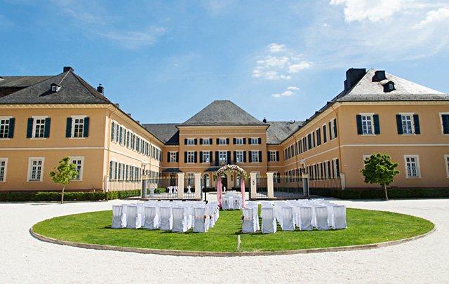 Schloss Johannisberg – Trauung unter freiem Himmel
